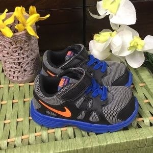 Baby Nike Shoes Size 6C